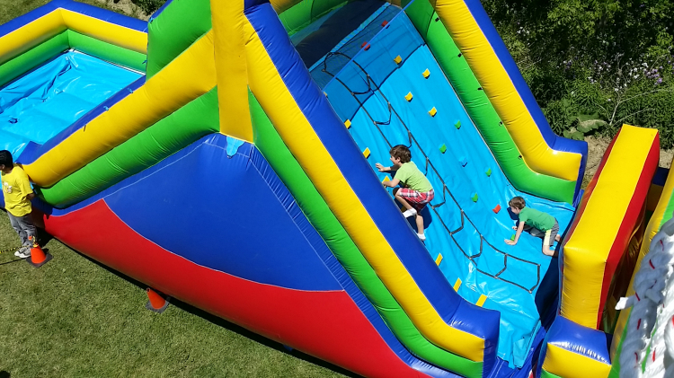 52ft.Obstacle Course w/Climbing Wall